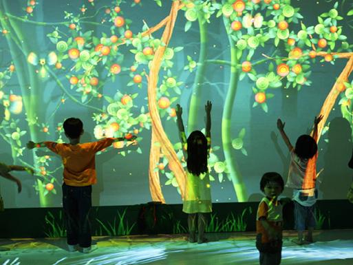 火米互动墙面互动投影案例-儿童乐园体感互动
